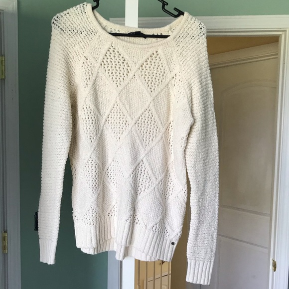 American Eagle Outfitters Sweaters - AE CABLE KNIT SWEATER